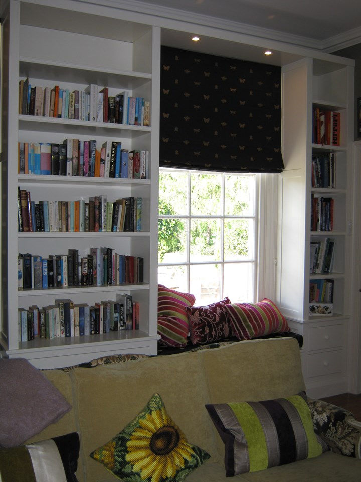 Bookshelf windowseat.jpg